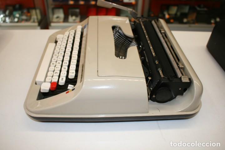 Antigüedades: Máquina de escribir ELSA 1035 - Foto 3 - 161321754