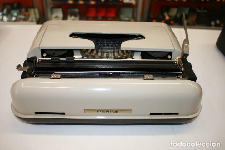 Antigüedades: Máquina de escribir ELSA 1035 - Foto 4 - 161321754