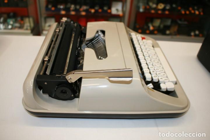 Antigüedades: Máquina de escribir ELSA 1035 - Foto 5 - 161321754