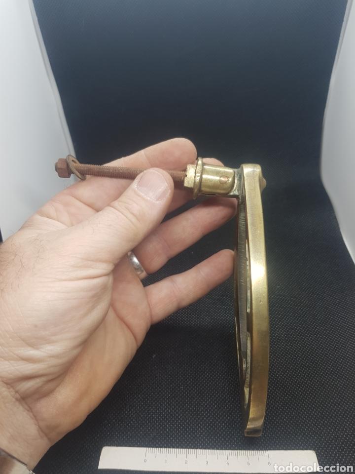 Antigüedades: Antiguo llamador aldaba de bronce modernista Art Decó - Foto 3 - 161345272