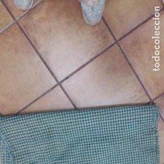 Antigüedades: ANTIGUA MANTA DE PASTOR DE LANA. Lote 161537450