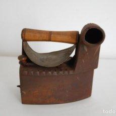 Antigüedades: PLANCHA DE CARBÓN . Lote 161684306