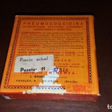 Antigüedades: CAJA ANTIGUA PRECINTADA DE LABORATORIO MINERVA VALENCIA MEDICAMENTO PNEUMOCOCCIDINA FARMACIA. Lote 161948546