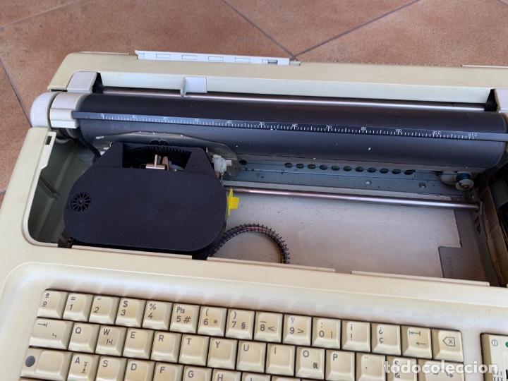 Antigüedades: máquina escribir electrónica Olympia Carrera - Foto 2 - 162250690