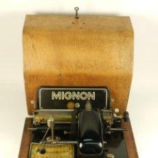 Antigüedades: MAQUINA DE ESCRIBIR MIGNON Nº4 AÑO 1924. RAREZA: TECLADO ESPAÑOL. Lote 162307830
