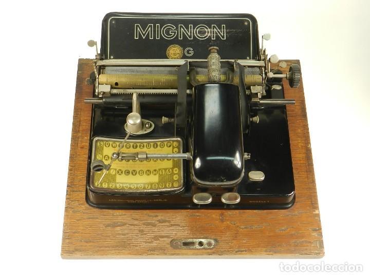 Antigüedades: MAQUINA DE ESCRIBIR MIGNON Nº4 AÑO 1924. RAREZA: TECLADO ESPAÑOL - Foto 3 - 162307830