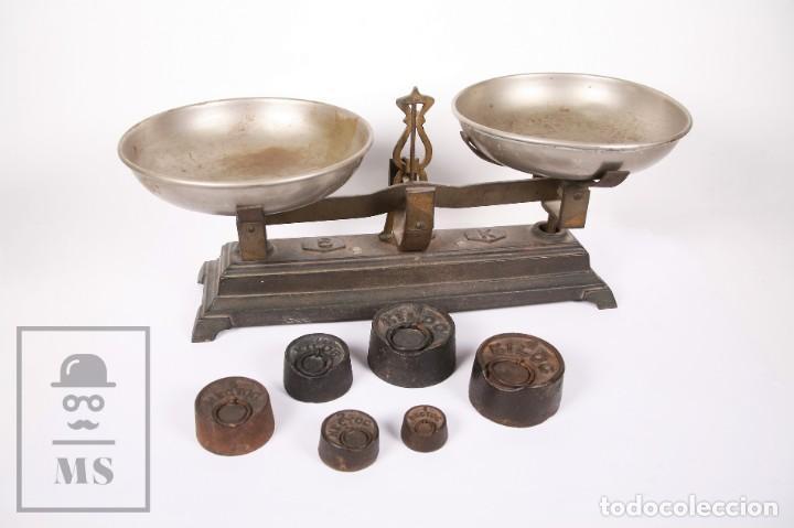 ANTIGUA BALANZA DE HIERRO CON 6 PESOS - FUERZA 5 KG - ARENYS - MEDIDAS 47,5 X 21 X 20 CM (Antigüedades - Técnicas - Medidas de Peso - Balanzas Antiguas)