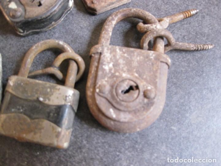 Antigüedades: 5 candados antiguos ,en hierro - ( necesitan restauracion) sin llave - Foto 3 - 162611490