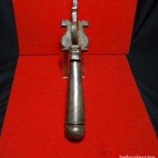 Antiquitäten - llamador siglo XIX , aldaba, hierro forja forjado - 163347934
