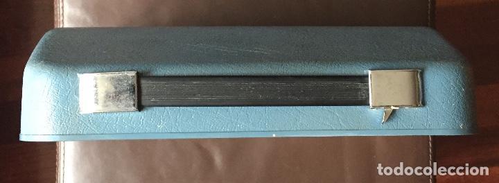 Antigüedades: Maquina escribir portatil Antares Compact Color Gris Claro - Foto 5 - 163464354