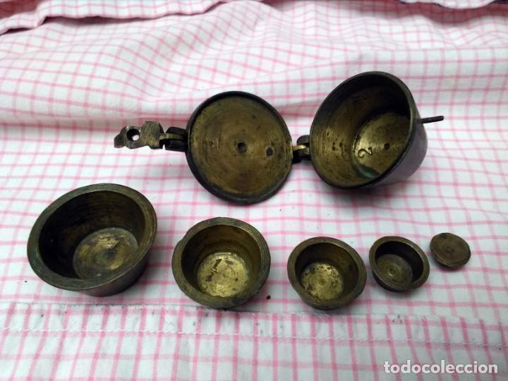 Antigüedades: Juego de ponderales de bronce vasos anidados s. XIX - Foto 2 - 163547598