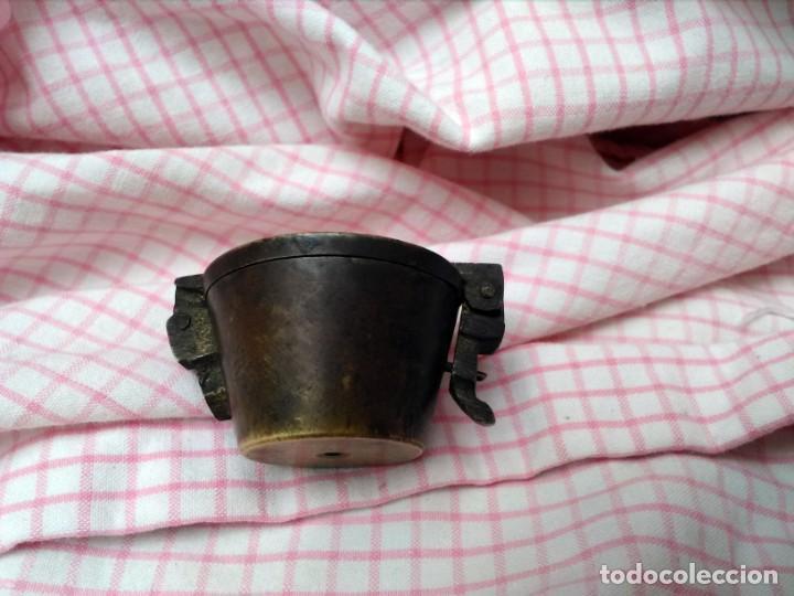 Antigüedades: Juego de ponderales de bronce vasos anidados s. XIX - Foto 4 - 163547598