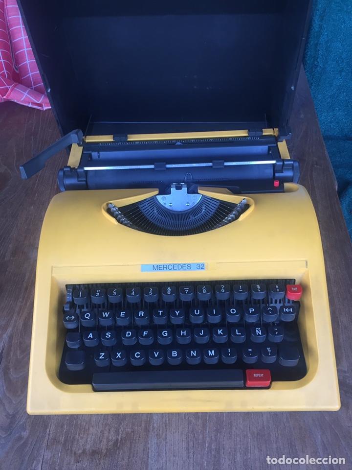 Antigüedades: Máquina de escribir Mercedes - Foto 2 - 163605630