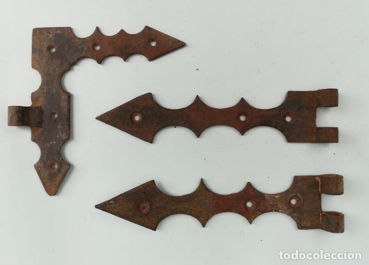 Antigüedades: Bisagra portalón de hierro forjado, (con regalos) - Foto 2 - 163746354