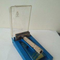 Antigüedades: MAQUINILLA DE AFEITAR GILLETTE ROCKET HD-REG.U.S PAT.OFF.4 MADE IN USA. Lote 163755362