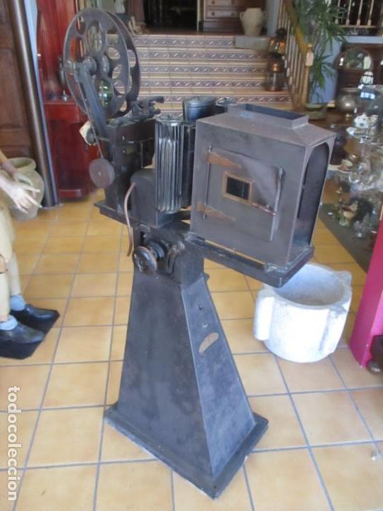 Antigüedades: Antiguo Proyector, Cine Sonoro - Societe des Etablissements Gaumont, París - Pionifilm - Foto 3 - 163818590