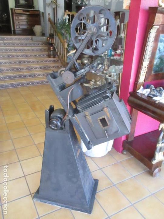 Antigüedades: Antiguo Proyector, Cine Sonoro - Societe des Etablissements Gaumont, París - Pionifilm - Foto 5 - 163818590