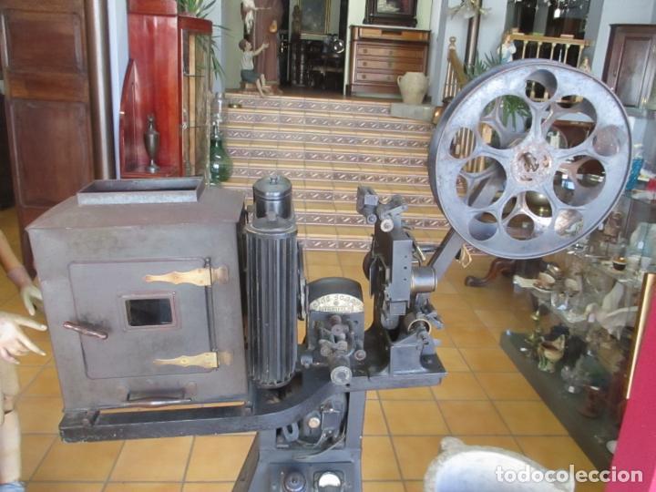 Antigüedades: Antiguo Proyector, Cine Sonoro - Societe des Etablissements Gaumont, París - Pionifilm - Foto 17 - 163818590
