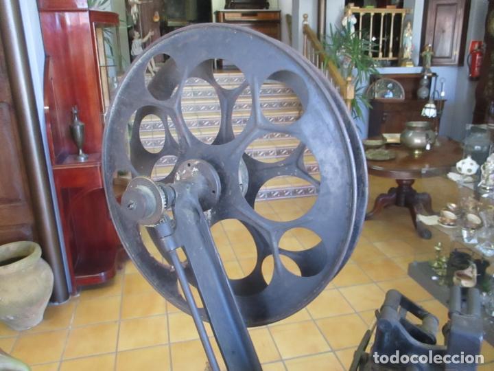 Antigüedades: Antiguo Proyector, Cine Sonoro - Societe des Etablissements Gaumont, París - Pionifilm - Foto 18 - 163818590