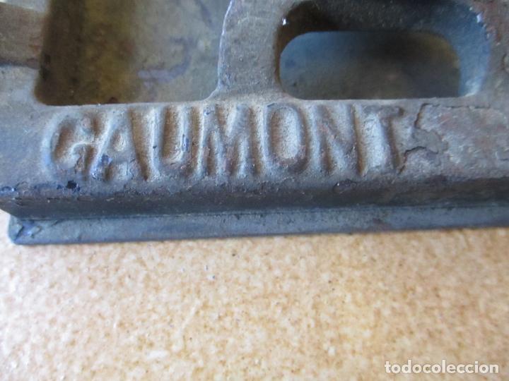 Antigüedades: Antiguo Proyector, Cine Sonoro - Societe des Etablissements Gaumont, París - Pionifilm - Foto 38 - 163818590