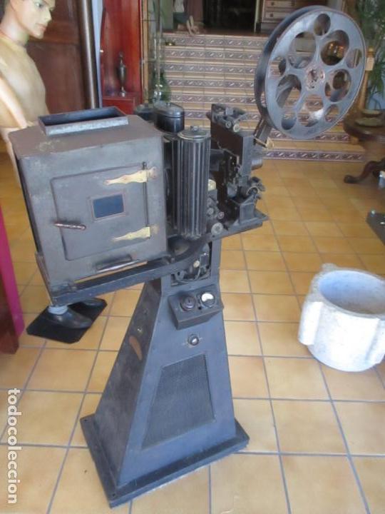 Antigüedades: Antiguo Proyector, Cine Sonoro - Societe des Etablissements Gaumont, París - Pionifilm - Foto 42 - 163818590