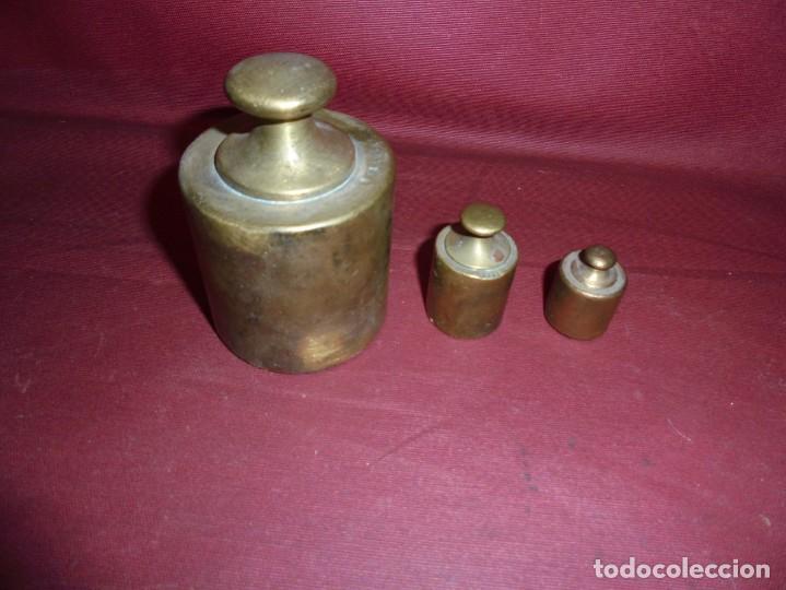 MAGNIFICAS 3 PESAS ANTIGUAS EN BRONCE (Antigüedades - Técnicas - Medidas de Peso - Ponderales Antiguos)