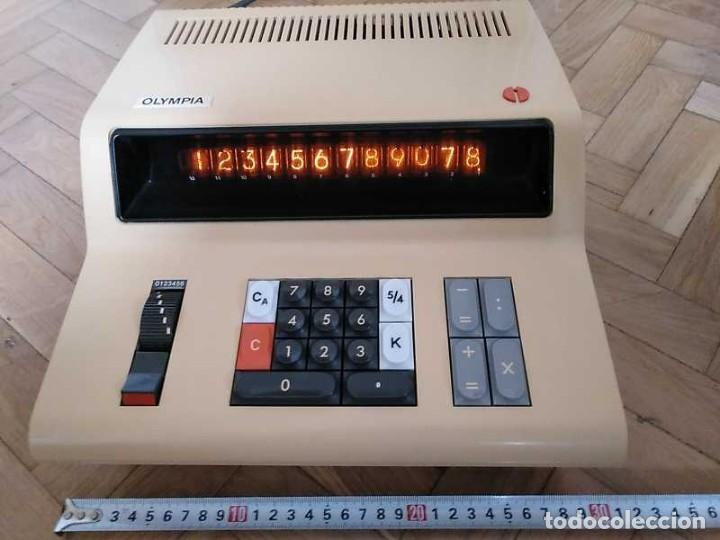 CALCULADORA DE SOBREMESA OLYMPIA CD300 M71 DE TUBOS NIXIE - 12 DIGITOS AÑOS 70 - CALCULATOR (Antigüedades - Técnicas - Aparatos de Cálculo - Calculadoras Antiguas)