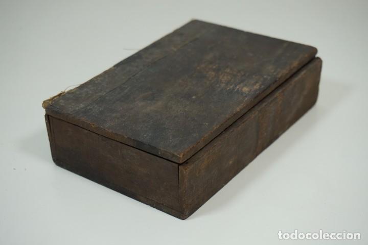 Antigüedades: MICROSCOPIO. ANTIGUA COLECCIÓN DE 24 PREPARACIONES MICROSCÓPICAS c.1870 - Foto 3 - 164730782