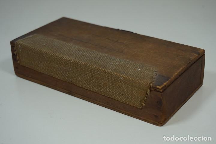 Antigüedades: ANTIGUA COLECCIÓN DE 24 PREPARACIONES MICROSCÓPICAS c.1880 - Foto 5 - 164731210