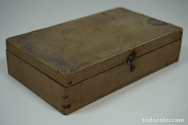 Antigüedades: MICROSCOPIO. ANTIGUA COLECCIÓN DE 24 PREPARACIONES MICROSCÓPICAS c.1880 - Foto 2 - 164731854