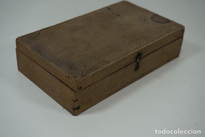 Antigüedades: MICROSCOPIO. ANTIGUA COLECCIÓN DE 24 PREPARACIONES MICROSCÓPICAS c.1880 - Foto 17 - 164731854