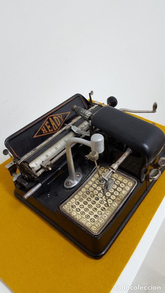 Antigüedades: Máquina de escribir HEADY. - Foto 2 - 164778782