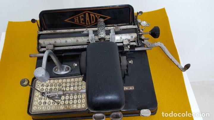 Antigüedades: Máquina de escribir HEADY. - Foto 4 - 164778782