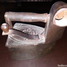 Antigüedades: PLANCHA DE CARBÓN.. Lote 164802634
