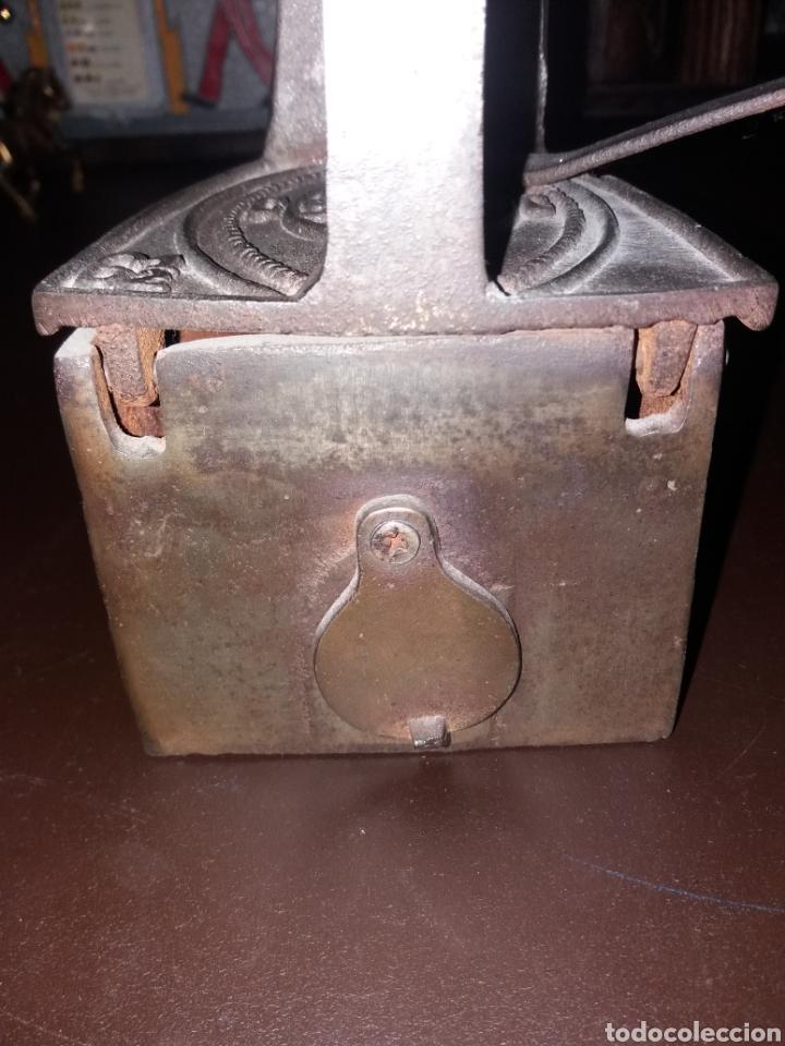 Antigüedades: Plancha de carbón. - Foto 5 - 164802634
