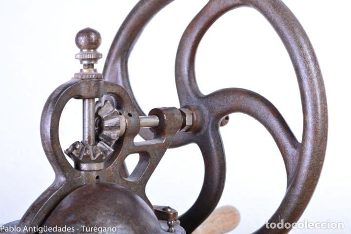 Antigüedades: Molinillo de Café antiguo marca ELMA número 0 - Excelente estado de conservación - Original - Foto 10 - 190511346