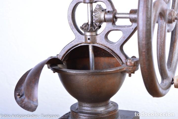 Antigüedades: Molinillo de Café antiguo marca ELMA número 0 - Excelente estado de conservación - Original - Foto 11 - 190511346
