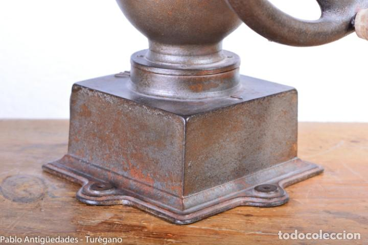 Antigüedades: Molinillo de Café antiguo marca ELMA número 0 - Excelente estado de conservación - Original - Foto 12 - 190511346