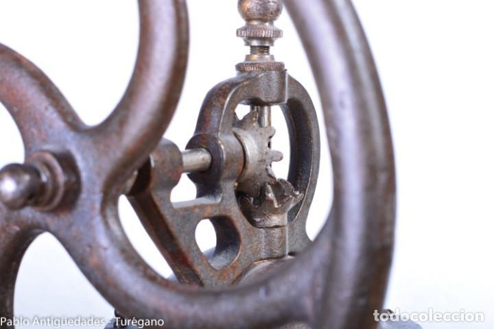 Antigüedades: Molinillo de Café antiguo marca ELMA número 0 - Excelente estado de conservación - Original - Foto 14 - 190511346