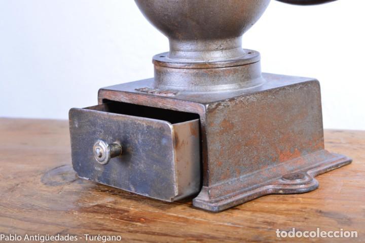 Antigüedades: Molinillo de Café antiguo marca ELMA número 0 - Excelente estado de conservación - Original - Foto 3 - 190511346