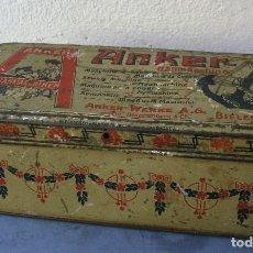 Antigüedades: CAJA METALICA DE MAQUINA DE COSER ANKER PARA ACCESORIOS ( ANKER WERKE, BIELEFELD, ALEMANIA ). Lote 165190146