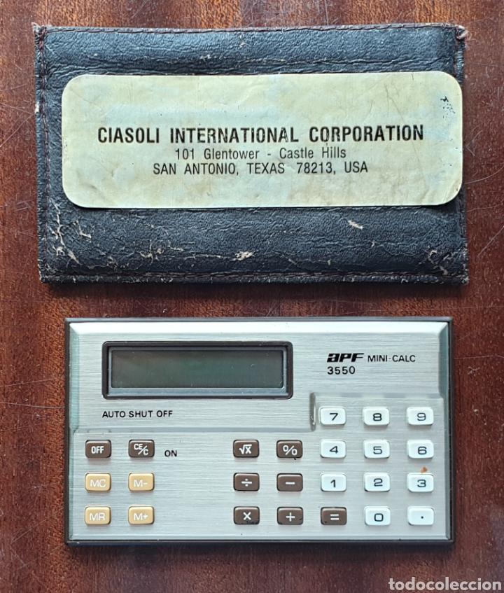 VINTAGE APF MINI CALCULADORA 3550 LCD DISPLAY DE 1985 (Antigüedades - Técnicas - Aparatos de Cálculo - Calculadoras Antiguas)