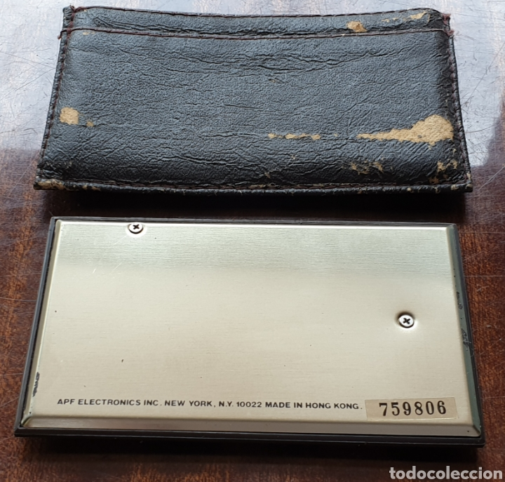 Antigüedades: VINTAGE APF MINI CALCULADORA 3550 LCD DISPLAY de 1985 - Foto 3 - 165237862