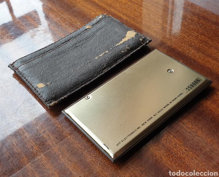 Antigüedades: VINTAGE APF MINI CALCULADORA 3550 LCD DISPLAY de 1985 - Foto 4 - 165237862