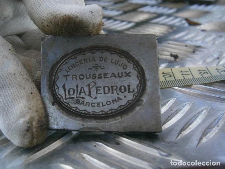 ¡¡PRECIOSO MOLDE DE IMPRENTA AÑOS-30-40¡¡((BARCELONA))LENCERIA DE LUJO .¡¡LOLA PEDROL¡¡ (Antigüedades - Técnicas - Herramientas Profesionales - Imprenta)