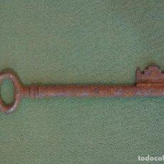 Antigüedades: ANTIGUA LLAVE DE HIERRO 11CM. Lote 165327978