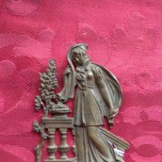 Antigüedades: PLACA EMBELLECEDOR - REMATE DE MUEBLE - BRONCE - XIX -. Lote 165391205