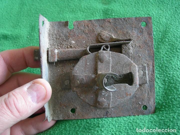 CERRADURA MUY ANTIGUA (Antigüedades - Técnicas - Cerrajería y Forja - Cerraduras Antiguas)