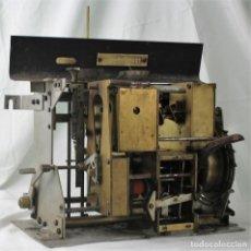 Antigüedades: MECANISMO DE UNA ANTIGUA MÁQUINA DE FICHAR,KARTENHEBER.. Lote 165954706