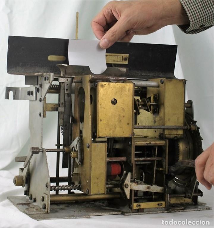 Antigüedades: Mecanismo de una antigua máquina de fichar,Kartenheber. - Foto 2 - 165954706